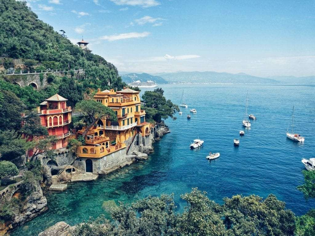 Hotel perched on the rocks in Cinque terre