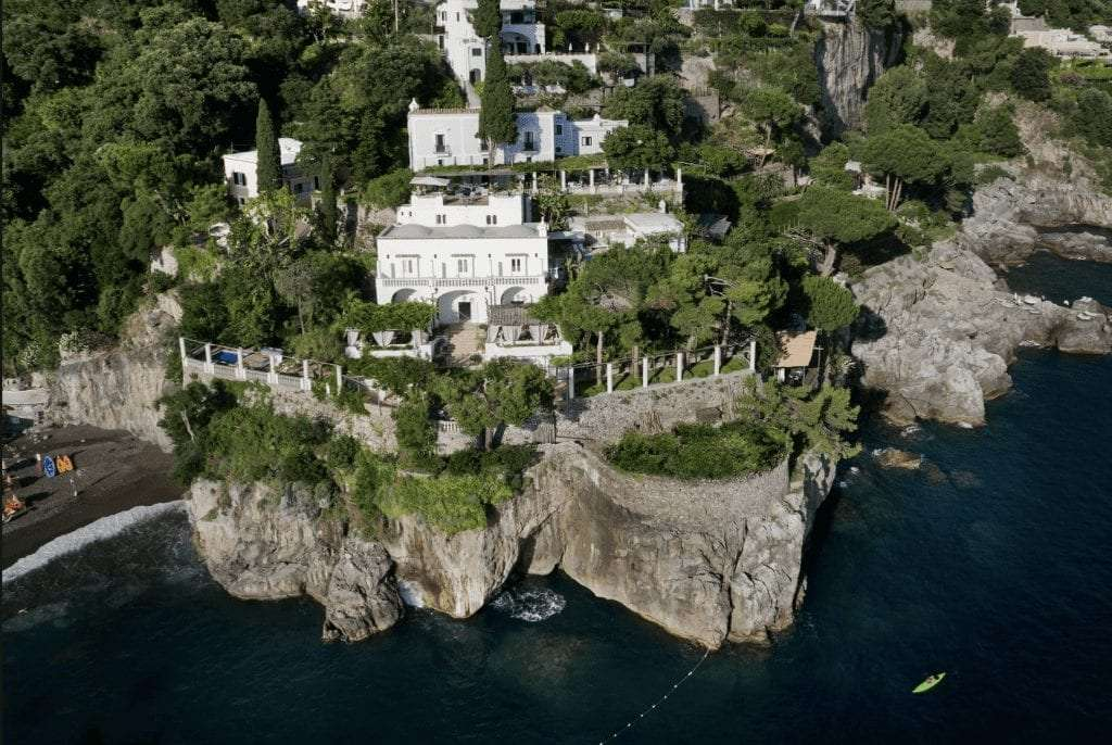 View of Villa Tre Ville from the above.
