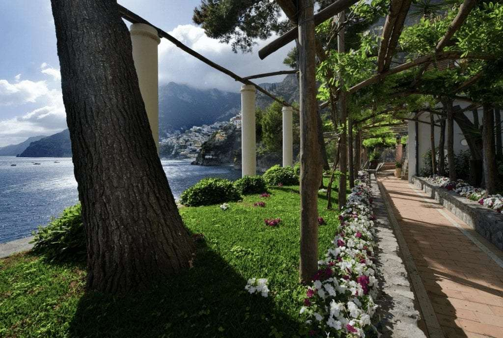 A path in the gardens of Villa Treville